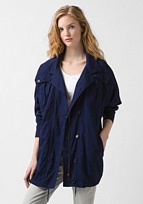 Lacoste Light buttoned parka Women