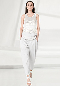 Lacoste Fashion Show trousers in cotton and linen. Women